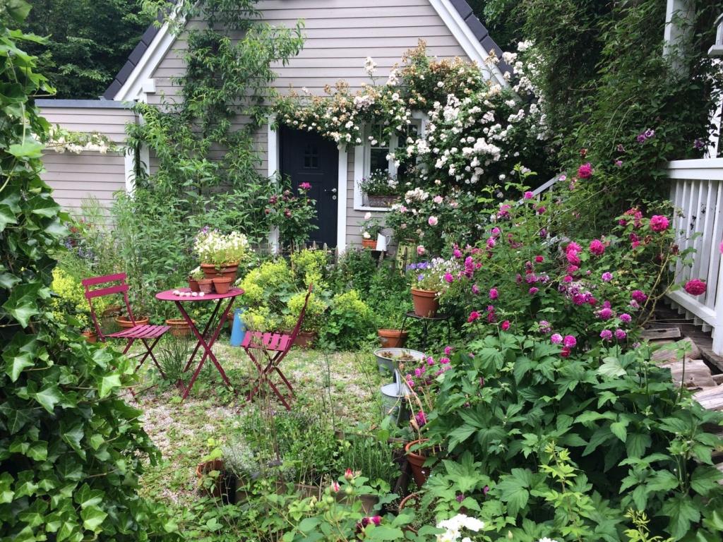 Romantischer Cottage-Garten im Landkreis Starnberg